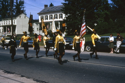 1964-HwBoro-Memorial-Parade-Devlin-03-Broad West