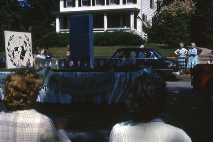 1964-HwBoro-Memorial-Parade-Devlin-06-Broad West