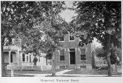 Broad East-013-1909-ph-National Bank-Hw1909-RM