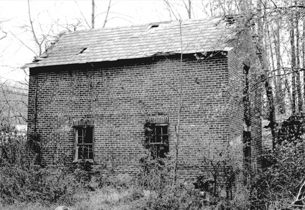 Pennington Rocky Hill-192-2004-ph-MtRose Whiskey-House-HwTwpHPC